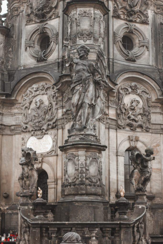 kolumna trójcy przenajświętszej