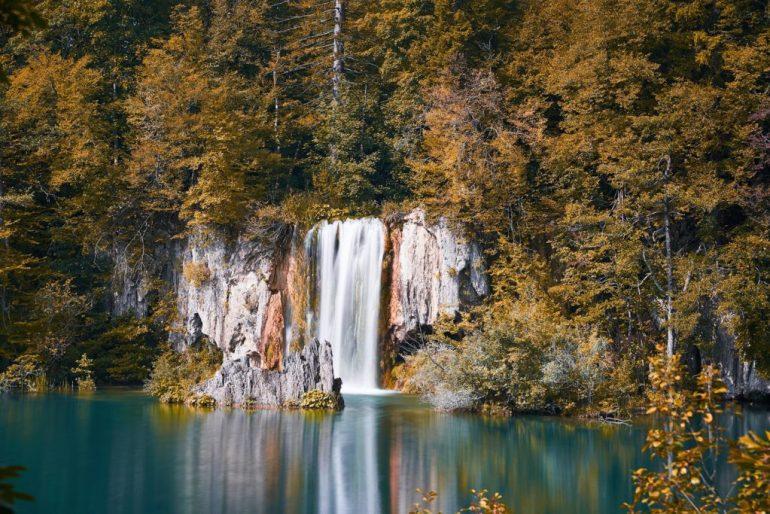 jeziora plitiwckie jesien