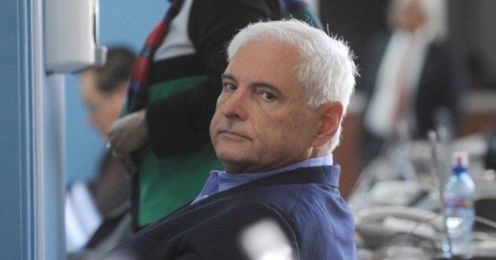 Panama: l'extradition de l'ex-président Martinelli approuvée par Washington, selon le président Varela