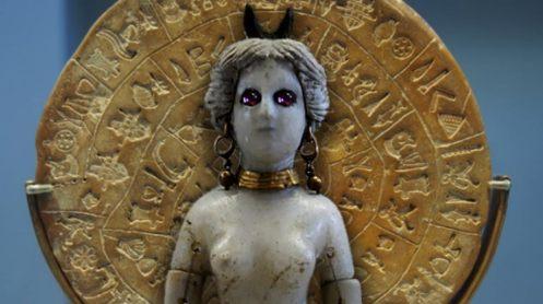 Figurine-of-goddess