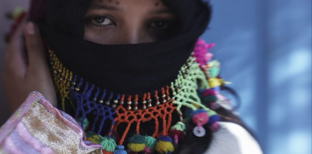 572706935-henna-berber-eye-area-veiled