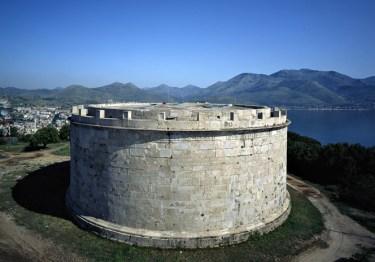 mausoleo-di-lucio-munazio-9