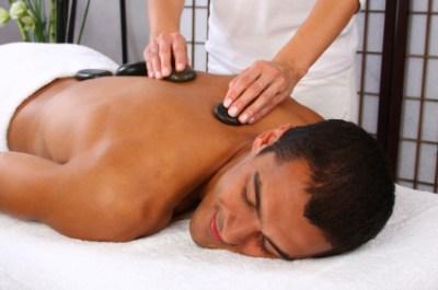 Massage aux Pierres Chaudes au Dawliz Spa pour 140dhs au lieu de 350!