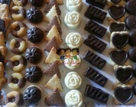 Spécial Reception: Plateau de 1 kg de Gâteaux à seulement 79dhs chez Entre Nous!