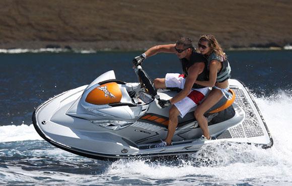 Découvrez la beauté du lac Lalla Takerkoust Marrakech en Jet 1800 CC Turbo!