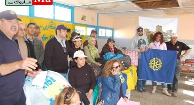 روتاري أكادير توزع ملابس على أزيد من 400 طفلا بإمينتانوت وتزرع البسمة بالمنطقة