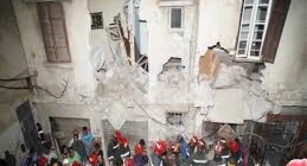 فيديو: انهيار منزلين بفاس والبحث عن مفقودين تحث الأنقاض