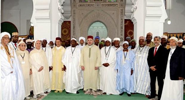 الملك محمد السادس يترأس بفاس حفل تنصيب أعضاء المجلس الأعلى لمؤسسة محمد السادس للعلماء الأفارقة