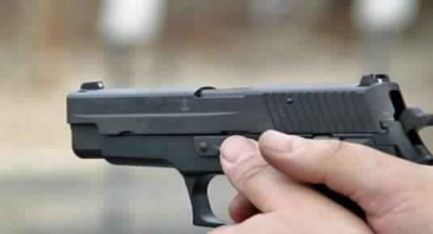 مفتش شرطة بانزكان يطلق النار على عربيد شكل خطرا على المواطنين