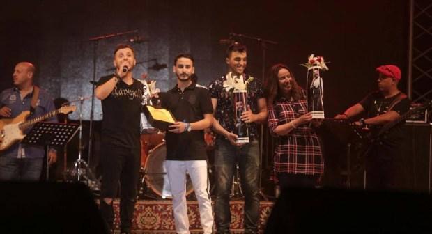 العائلة العمورية تهدي حاتم عمور أغنية بمناسبة عيد ميلاده