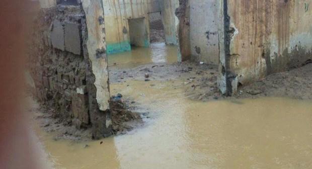 إجلاء مجموعة من المتضررين والمعزولين إثر فيضانات وادي الساقية الحمراء بالسمارة