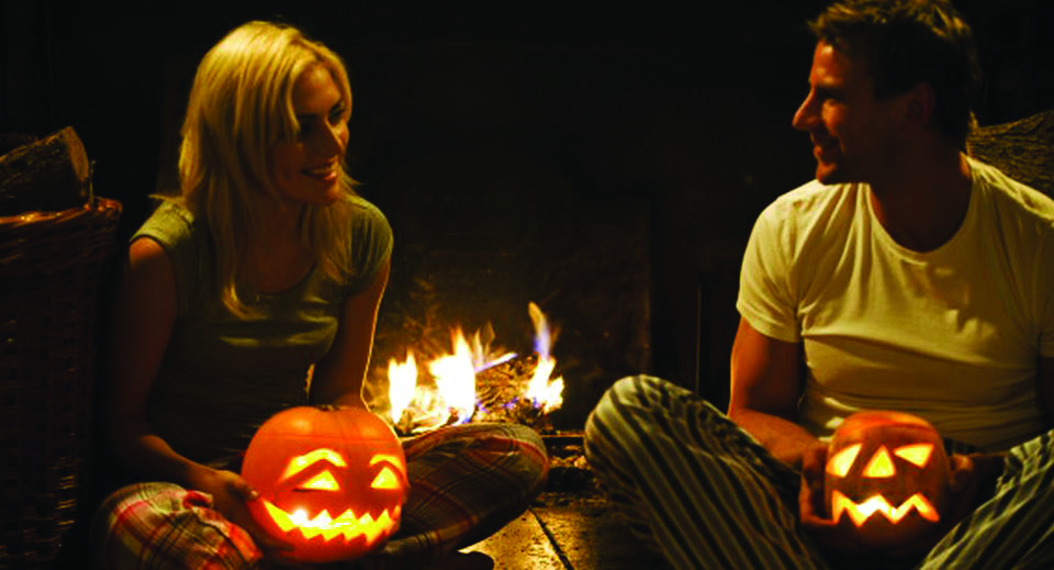 Dating on Halloween: Hot and Spooky Ideas for a Night Out