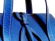 sac-sur-mesure-en-cuir-bleu-de-mme-barreau-izaho-maroquinerie-madagascar-6