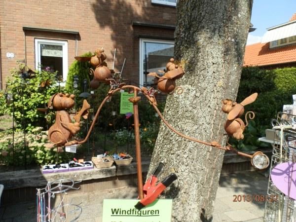 Windfiguur met hondjes-0