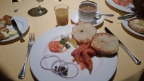 Diningroom breakfast