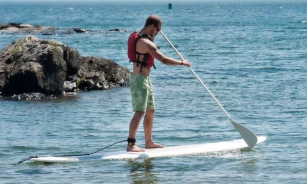 stand_up_paddle_boarding_lake_superior_photo