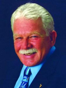 Dennis DeMey