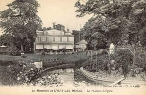 010-3 40 Roseraie de L'HAY-LES-ROSES - La Maison Empire_wp