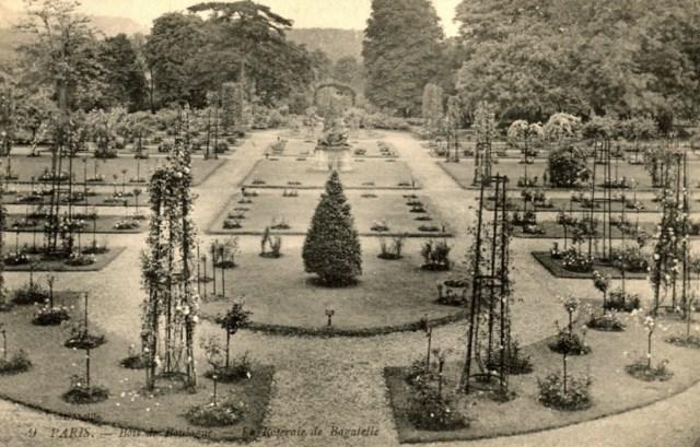 030 9 Paris Bois de Boulogne - La Roseraie de Bagatelle_wp