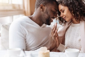 Turn Toward Each Other! Why Attention is Crucial in a Close Relationship