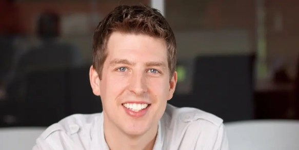 Chris Hutchins