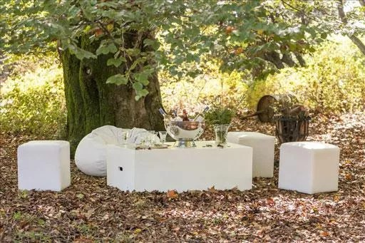 Laurie Kohrs Wedding Furniture Hire