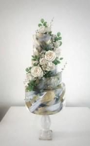Classy wedding cake