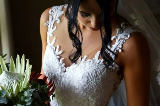 07 Maryke Bespoke Wedding dress Designer_LS