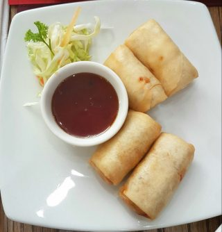 Chicken Springrolls at Simply Asia (Eastpoint Mall)
