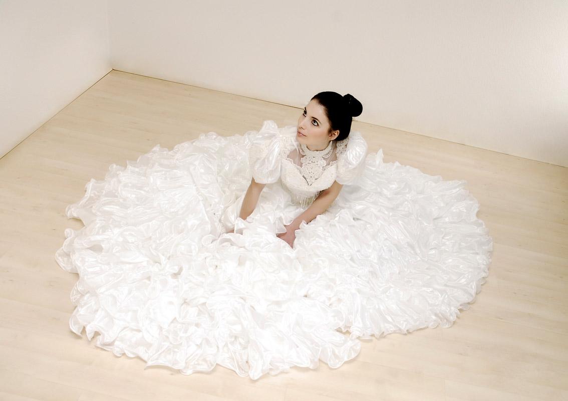 Marry4love - Verleih und Verkauf von Brautkleidern, Abendmode und ...