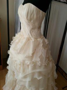 Brautkleid aus 4 Hochzeiten 1 Traumreise