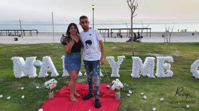 הצעת נישואין בעכו חוף ארגמן