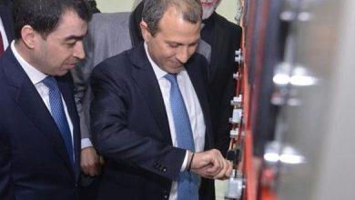 Photo of وزير الطاقة يكافئ موظفاً متّهماً بالإختلاس ويعاقب المدير العام