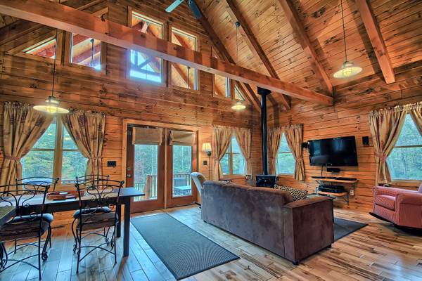 Shadyside Cabin Marsh Hollow