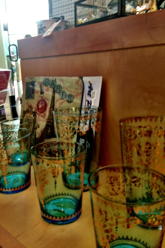 glasses, gift shop