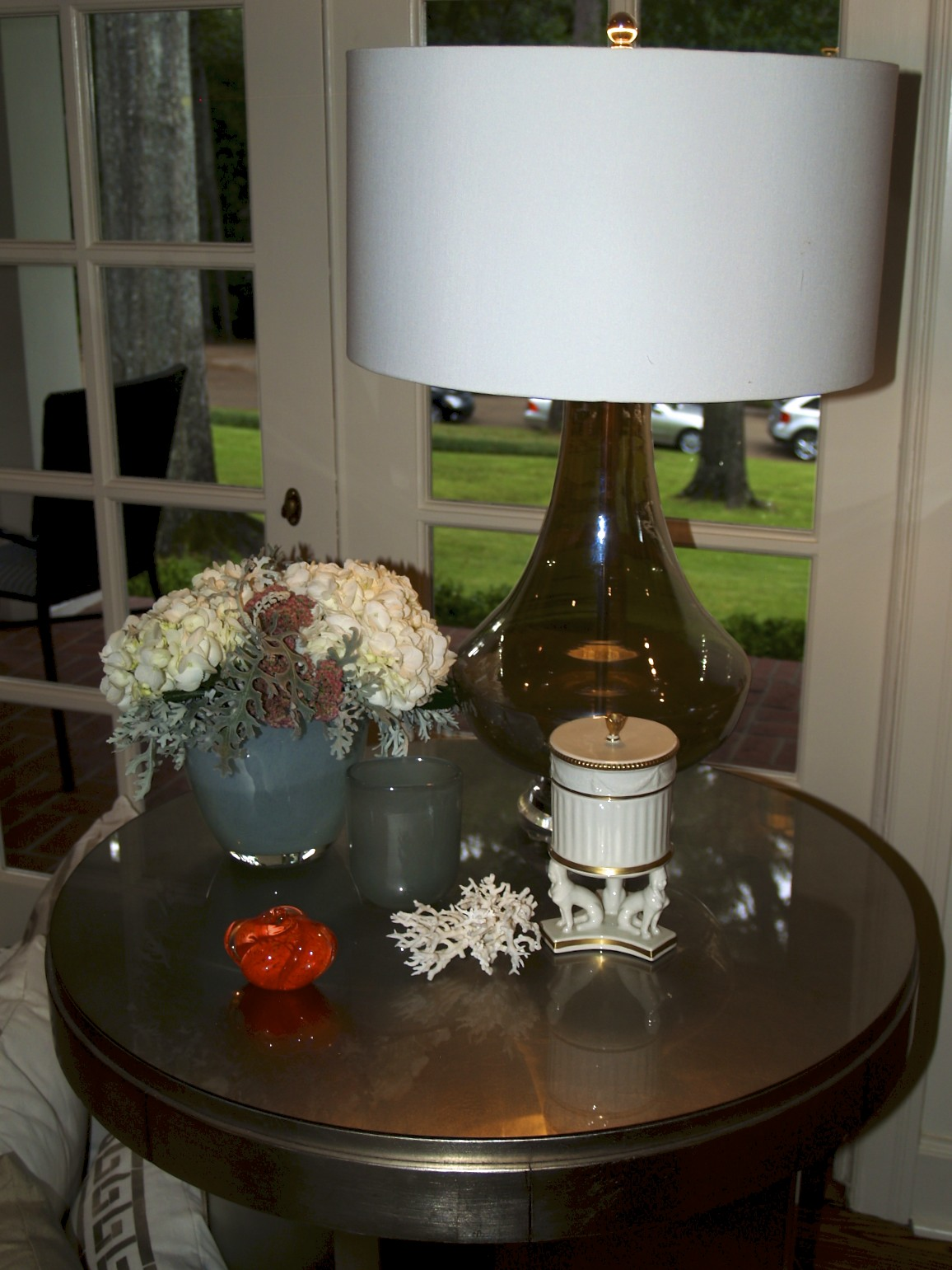 lamp, table, living room