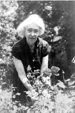 Chestina Welty with roses