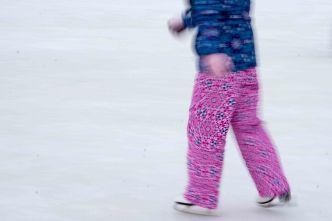 pattern 1: pink pants