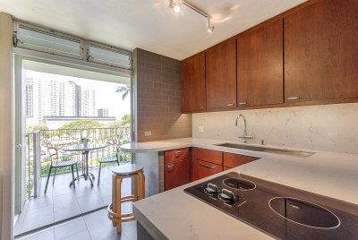 Kitchen, Downtown Honolulu Apartment Renovation