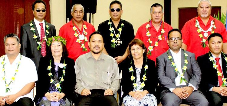 Heine's Cabinet sworn in