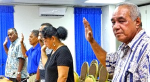 Finance Minister Brenson Wase (top right) joined Air Marshall Islands managers in taking an oath before testifying before the Nitijela Public Accounts Committee. Photo: Hilary Hosia.