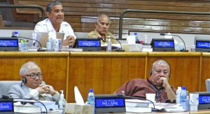 Majuro Senator David Kramer asks who received an envelope and where is the information on the SOV? Photo: Hilary Hosia.