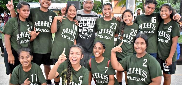 MIHS dethrones basketball powerhouse