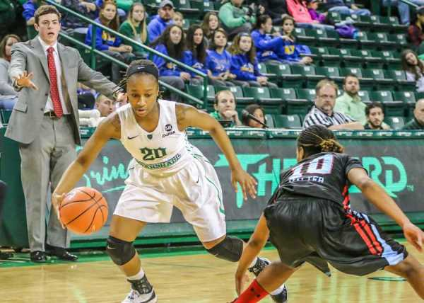 Women's basketball takes on Rhode Island as it attempts to ...