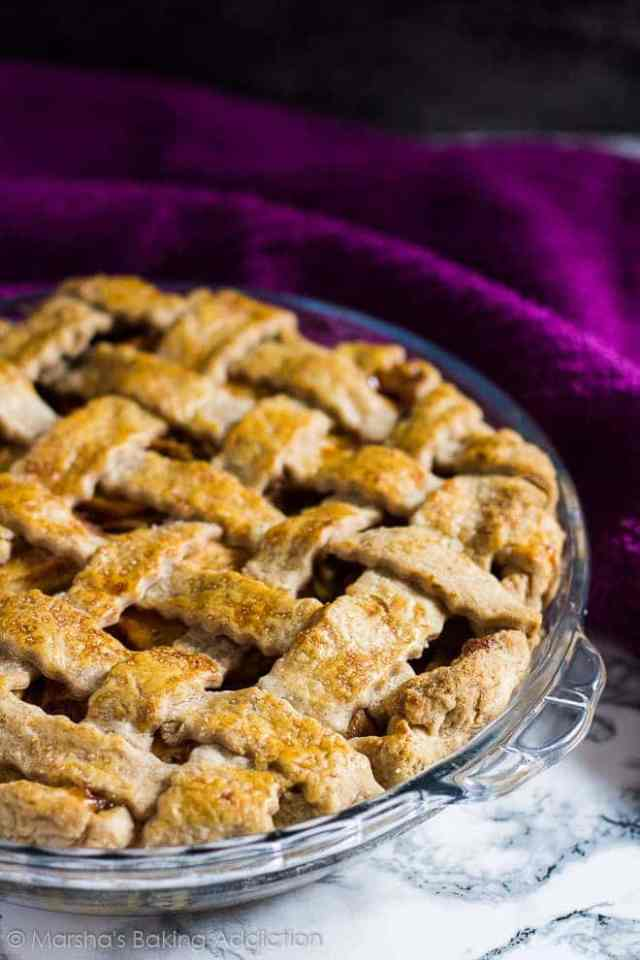 Homemade Apple Pie   marshasbakingaddiction.com @marshasbakeblog