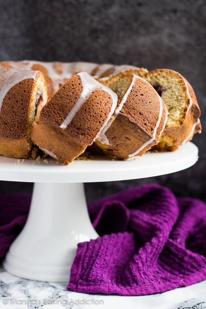Peanut Butter and Jam Bundt Cake | marshasbakingaddiction.com @marshasbakeblog