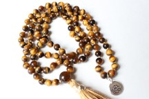 Close up of Tiger's Eye Mala
