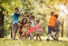 مراحل تطوّر اللعب عند الأطفال