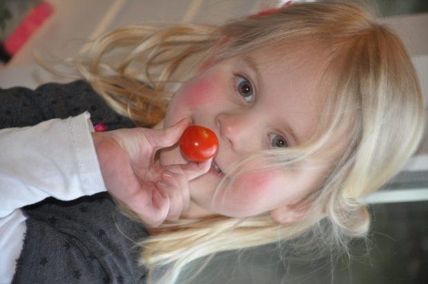 Mmmm lekker Looije tomaatje!