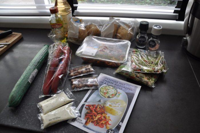 ingredienten kipreepjes gepofte aardappel